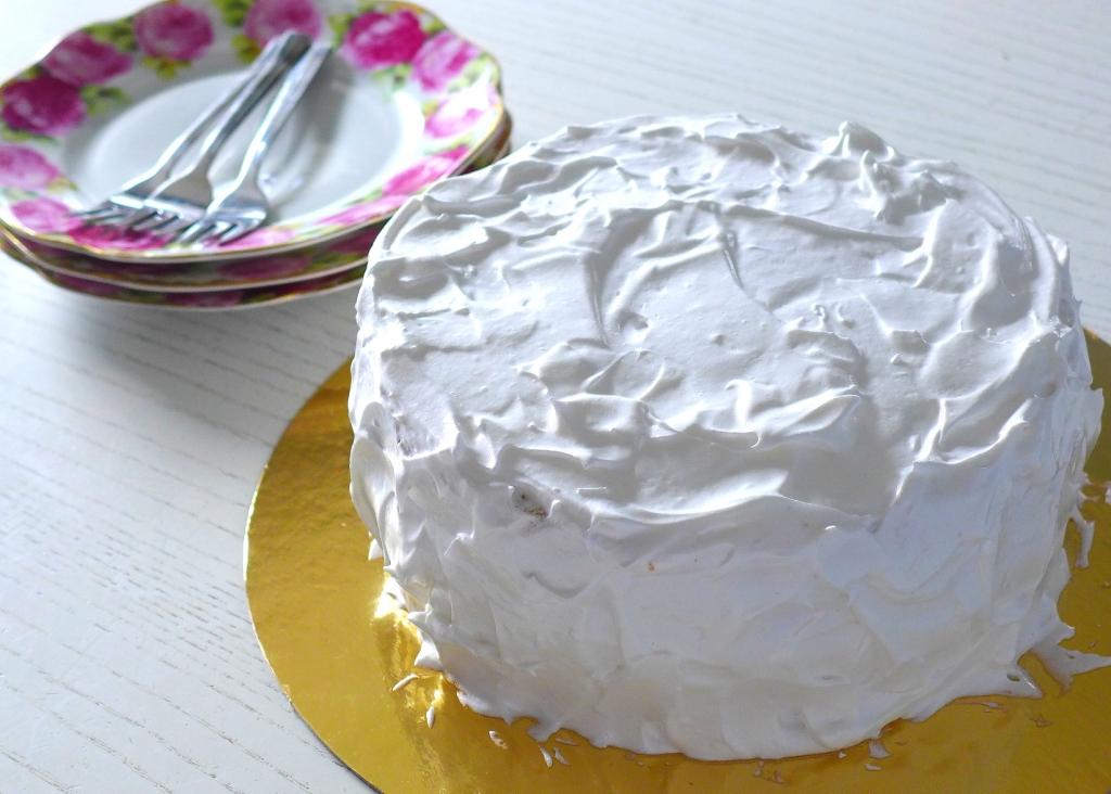 chiffon cake with swiss meringue icing