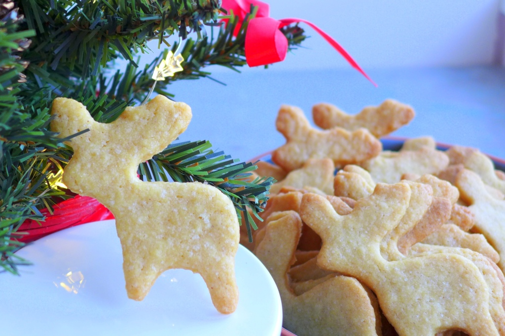 Edible Gifts: French Christmas Cookies (or Sablés)